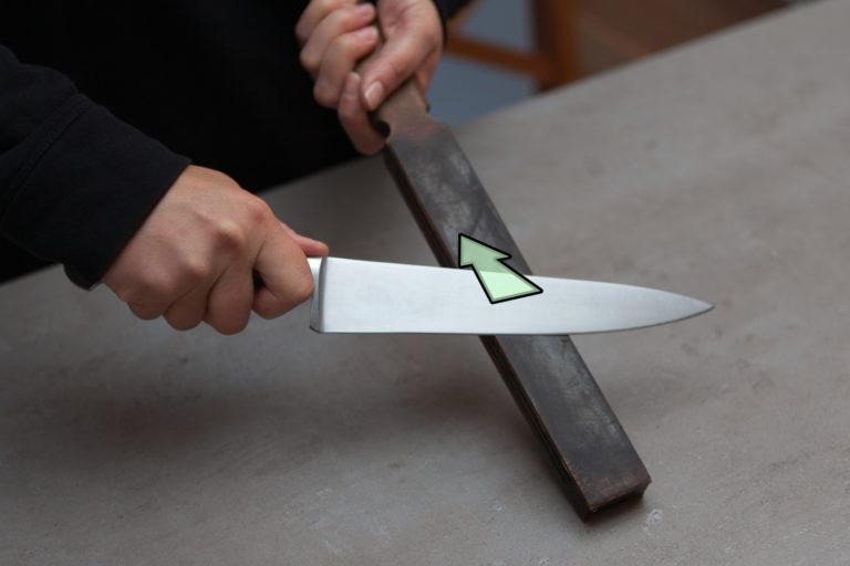 affûtage de couteau au cuir