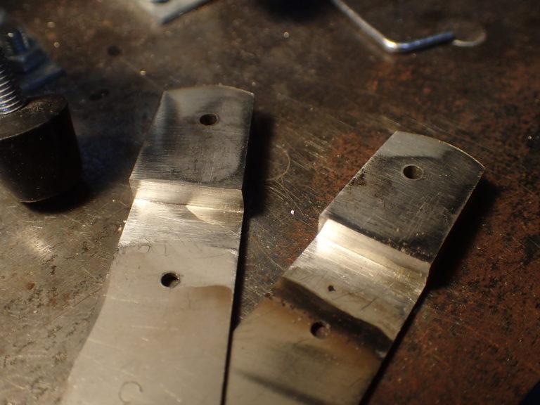 mitres de couteau pliant